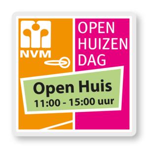 Plaatje van de NVM Open Huizen dag, met daarop dat het van 11:00-15:00 uur Open Huis is. Op 2 april.